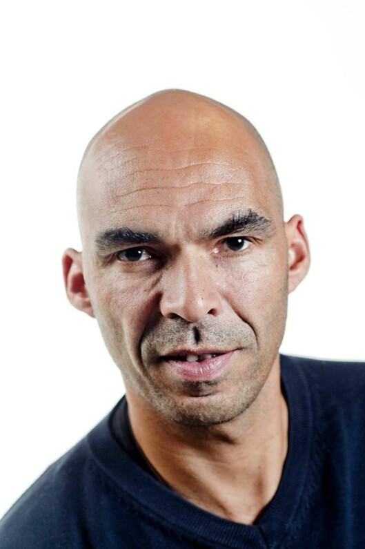 Bjørn Langsem fikk en hånd<br>opp i objektivet. Foto: Dagbladet