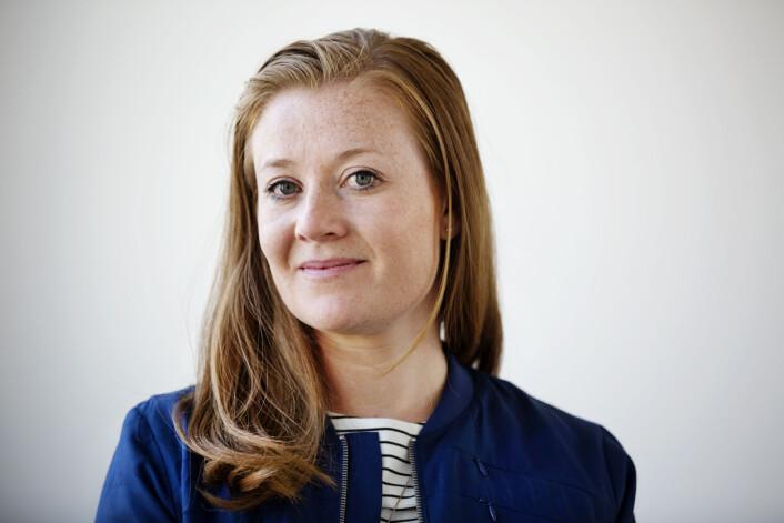 – Jeg har en drøm om å skrive bok en gang, sier GuriNorstrøm. Som korrespondenter hun tett på et urolig Europa. Å skrive bok kan være en måte å fordøye alt på. Foto: Andrea Gjestvang