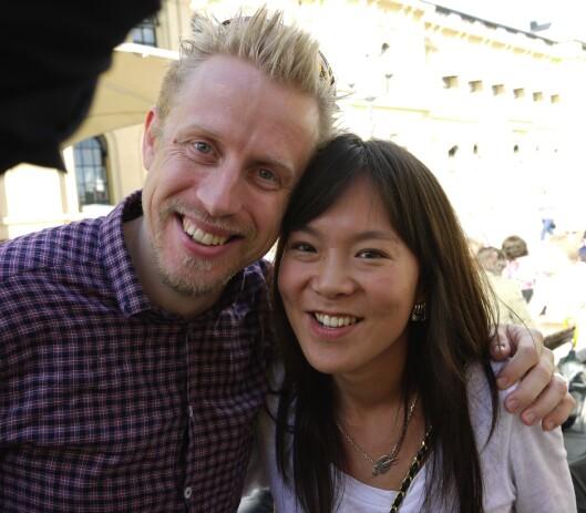 Kristoffer Egeberg og kona Sun Heidi Sæbø jobbet på<br>Dagbladets Beijing-kontor da han tok bildet i 2010.<br>Foto: Helge Øgrim