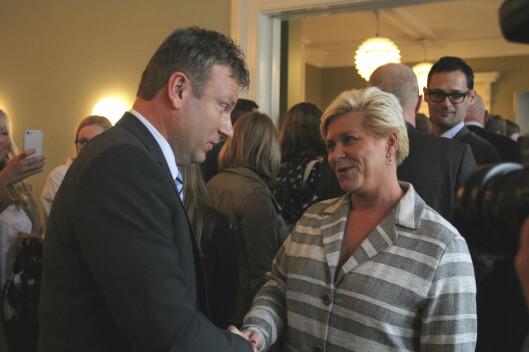 Selbekk og Siv Jensen, som han takket for støtten da karikaturstriden<br>rastesom verst. Foto: Helge Øgrim