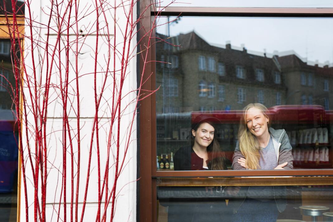 Hanna von Bergen og Christina Skreiberg lager podcasten <i>Frilanslivet, </i>som lanseres fredag. Foto: Kristine Lindebø