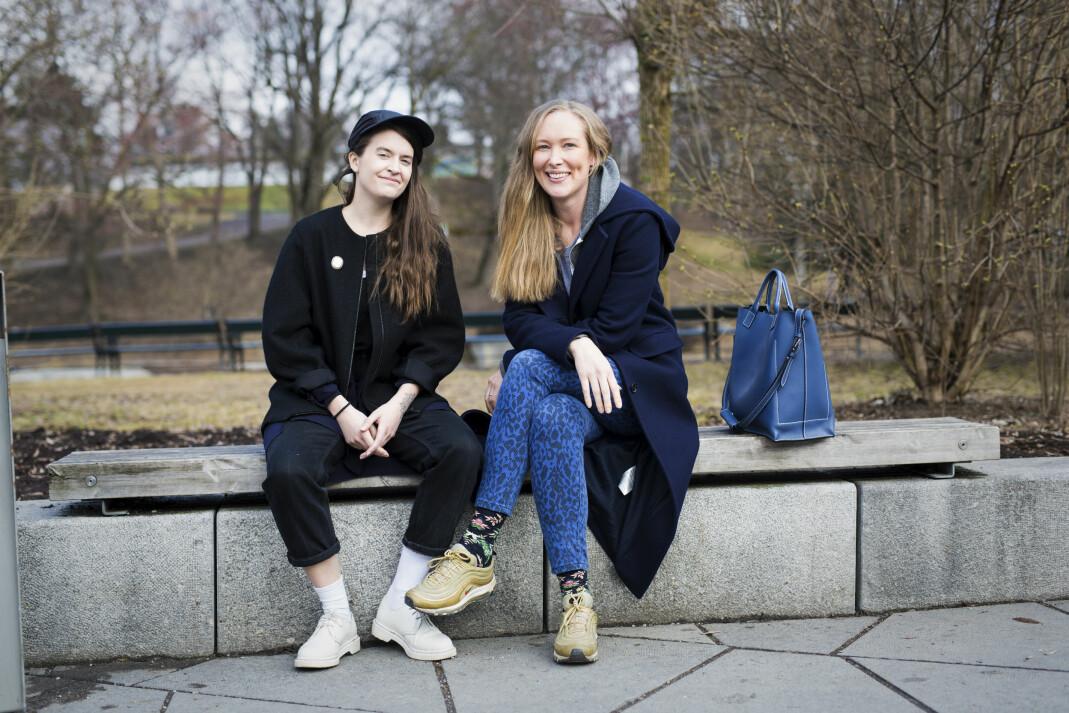 Hanna von Bergen og Christina Skreiberg håper frilansere kan stå sterkere ved å høre på podcasten <i>Frilanslivet. </i>Foto: Kristine Lindebø