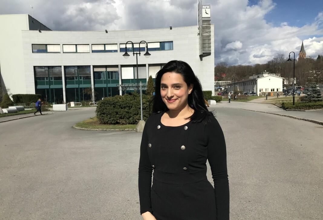Iram Ansari, NRKs nye leder for det flerkulturelle rekrutteringsprogrammet FleRe, vil takke mora si for at hun i dag er journalist.