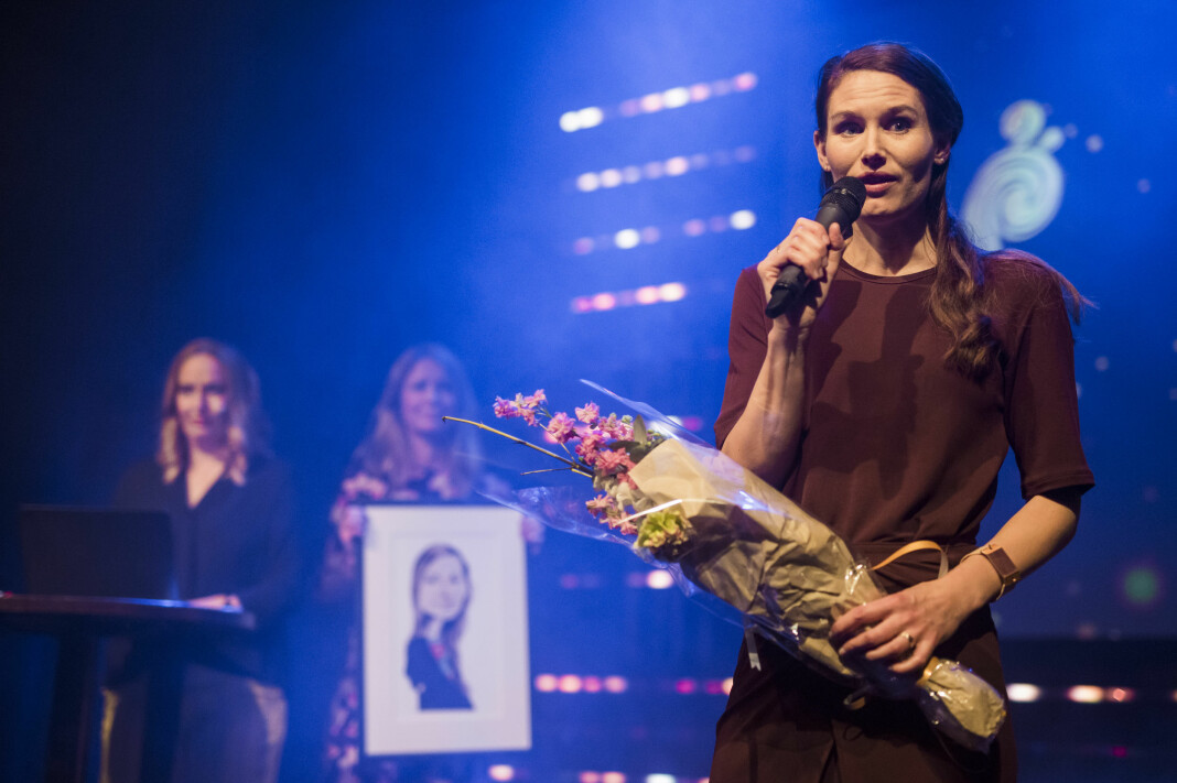 Eirin Eikefjord blir ny politisk redaktør i Bergens Tidende. Her fra da hun fikk NTBs språkpris i 2018. Arkivfoto: Kristine Lindebø