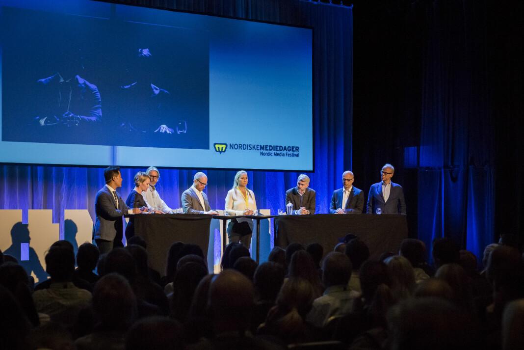 Discoverys Tine Austvoll Jensen (i midten) under Toppmøtet under Nordiske Mediedager 2018. Foto: Kristine Lindebø