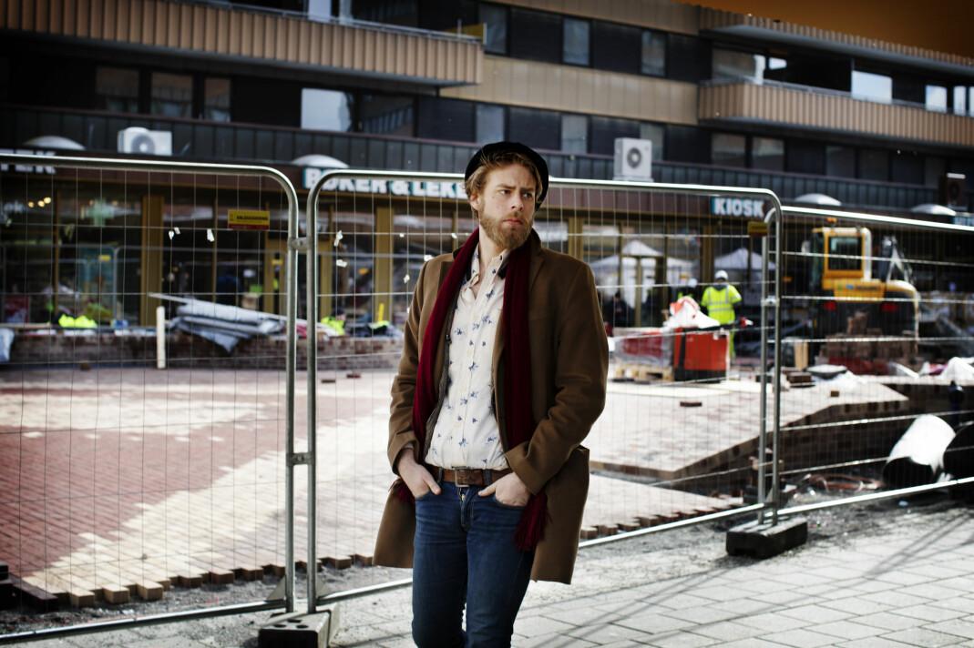 Henrik Evertsson begynte å følge Den nordiske motstandsbevegelsen som et skoleprosjekt. Tre år senere ble dokumentaren Rasekrigerne vist på NRK Brennpunkt. Foto: Andrea Gjestvang