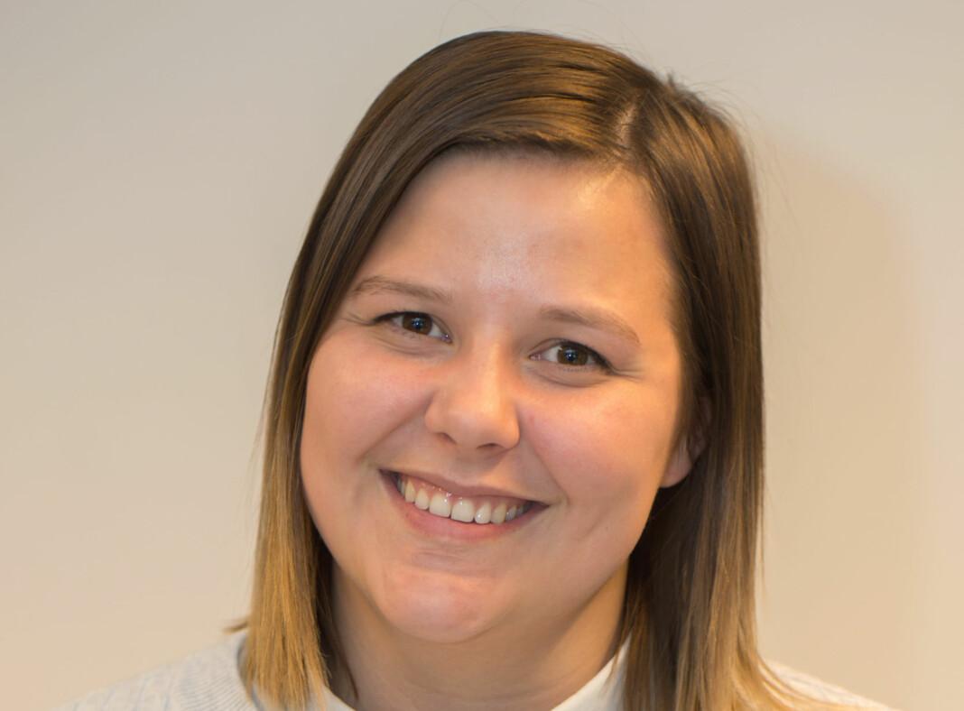 Vilde Øines Pedersen har det siste året jobbet som journalist i Sør-Varanger Avis. Foto: Yngve Grønvik/Sør-Varanger Avis