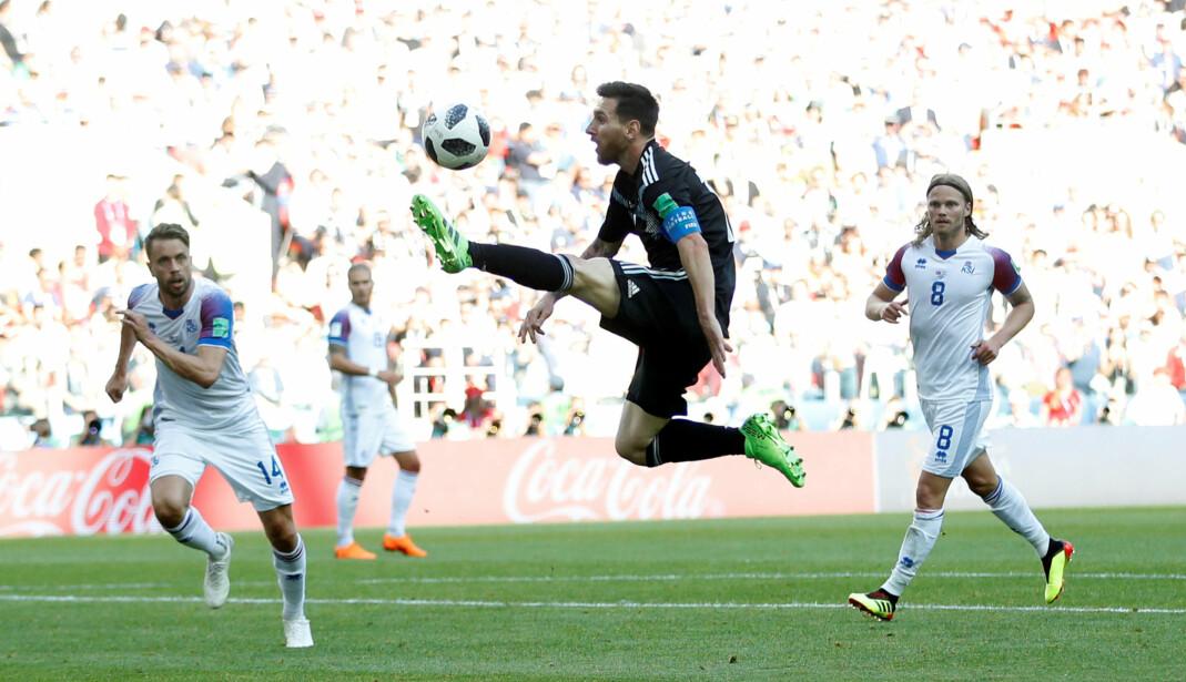 NRK hadde problemer med nett-TV under VM-kampen mellom Island og Argentina lørdag. Foto:Carl Recine / REUTERS / NTB Scanpix