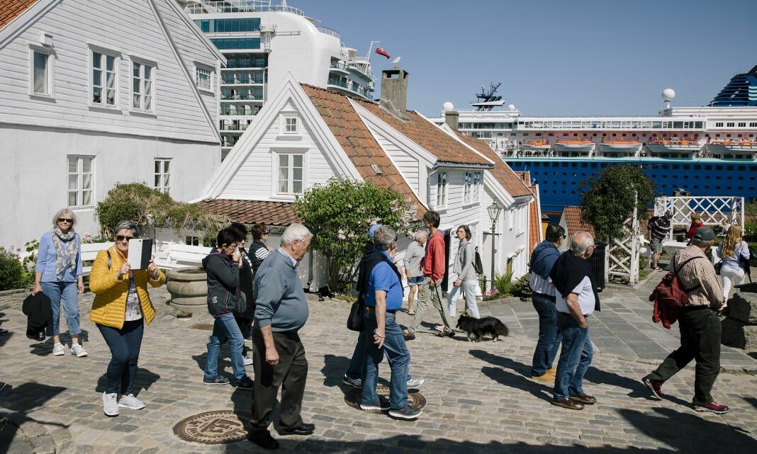 BILDET: Paul Sigve Amundsen oppfører seg gjerne litt som turist når han fotograferer turister