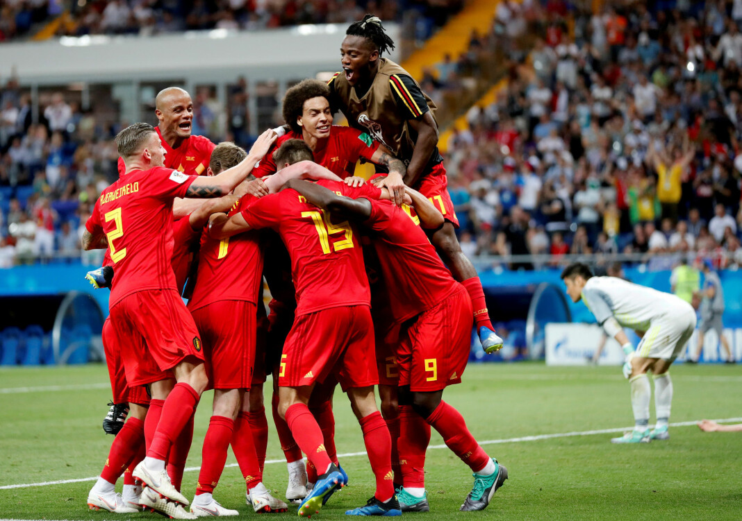 VG og Dagbladet får kritikk for saker om etnisitet på det belgiske og franske landslaget. Her jubler Belgias spillere i en kamp mot Japan. Foto: Toru Hanai / REUTERS / NTB scanpix