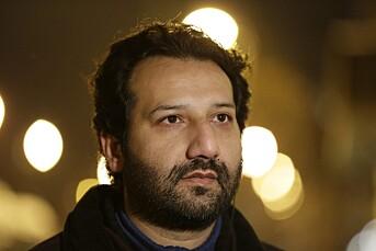 Vil fortsette å fortelle om situasjonen i Pakistan, tross stokkeslag og fengsling