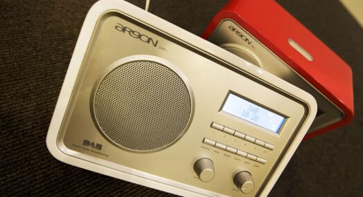 Lokalradioaktører anklages for å undergrave overgang til dab-radio