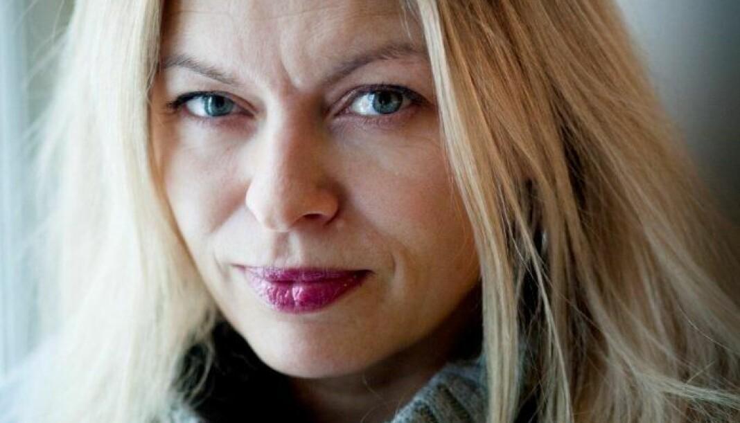 Linn Stalsberg mener at norske journalister altfor ofte er for overfladiske og ikke evner å berøre kjernen i artikler de dekker.