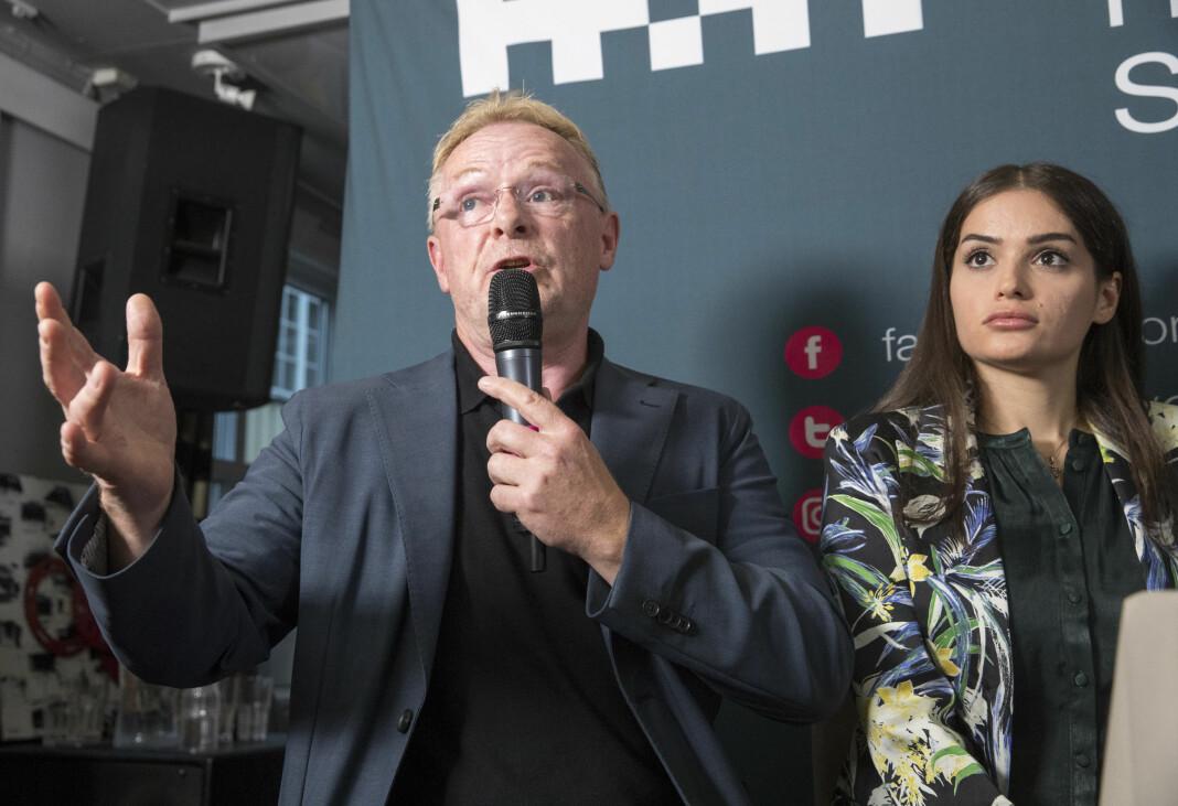 Per Sandberg og Bahareh Letnes i Arendal i tirsdag. Foto: NTB Scanpix