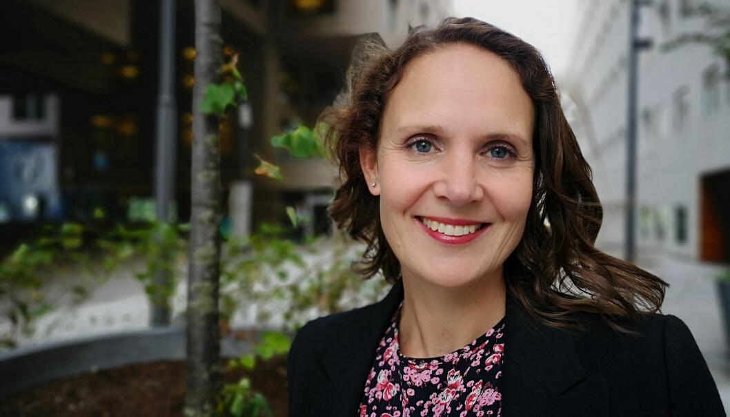 Kari Vartdal Riise kommer fra Dagens Næringsliv, der hun har dekket makro, finans og politikk gjennom 14 år. Foto: DNB