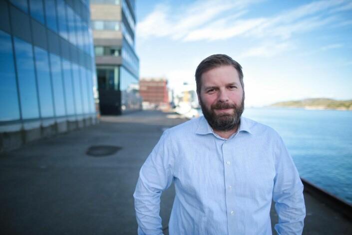 NRK Nordlands distriktsredaktør Eivind Undrum Jacobsen heier på Nord universitet. Foto: Malin Nygård Solberg/NRK