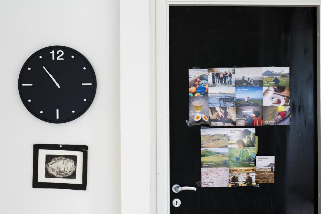 «That Vesterålen feeling». Postkortene kunne blant annet kjøpes under Yderst sin kronerullingsaksjon i vår, som bidro til å gjøre dem levedyktige. Foto: Kristine Lindebø
