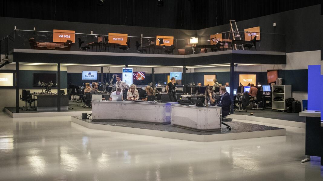 Studioet til SVT-programmet Valvakan. For øyeblikket ser det ikke ut til at de får besøke valgvakene til SD. Foto: Janne Danielsson / SVT  Valvakan