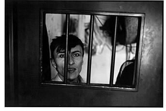 I fire år har fotograf Rune Eraker fotografert frihetsberøvelse