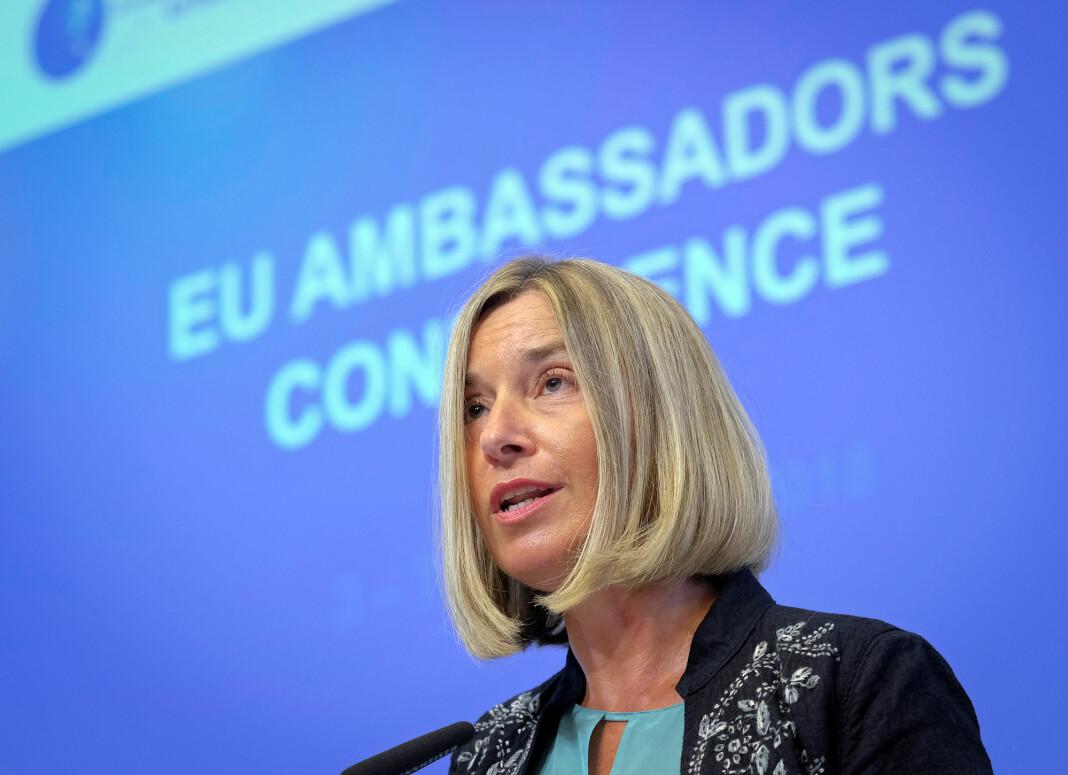 EUs utenrikssjef Federica Mogherini langer ut mot Myanmar og krever at to journalister fra Reuters blir sluppet fri straks. Foto: Reuters / NTB scanpix