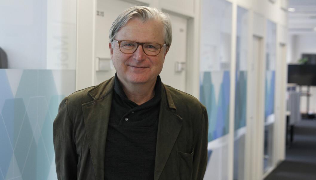 Per Christian Magnus leder Senter for undersøkende journalistikk i Bergen. Foto: Ole Marius Kvamme/Universitetet i Bergen