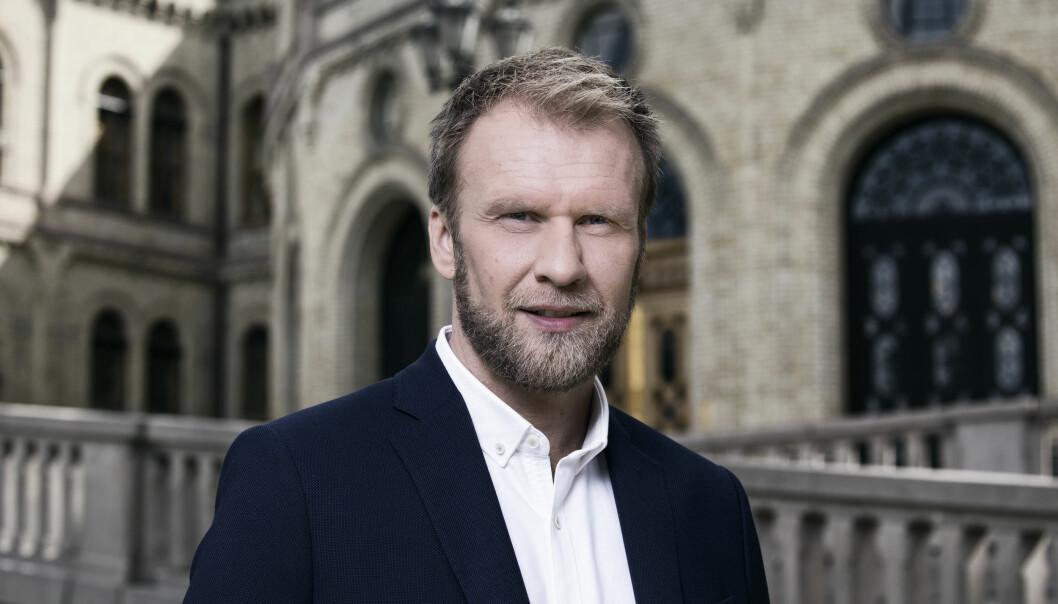 Atle Bjurstrøm er nyvalgt leder for 300 NJ-medlemmer i NRK. Foto: Julia Naglestad / NRK