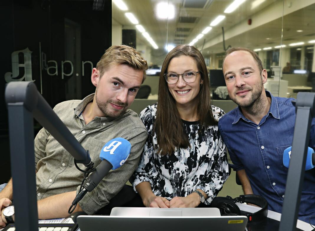 Reporter og redigerer Anders Veberg (f.v), produsent Karoline Fossland og programleder Andreas Bakke Foss. Foto: Signe Dons / Aftenposten