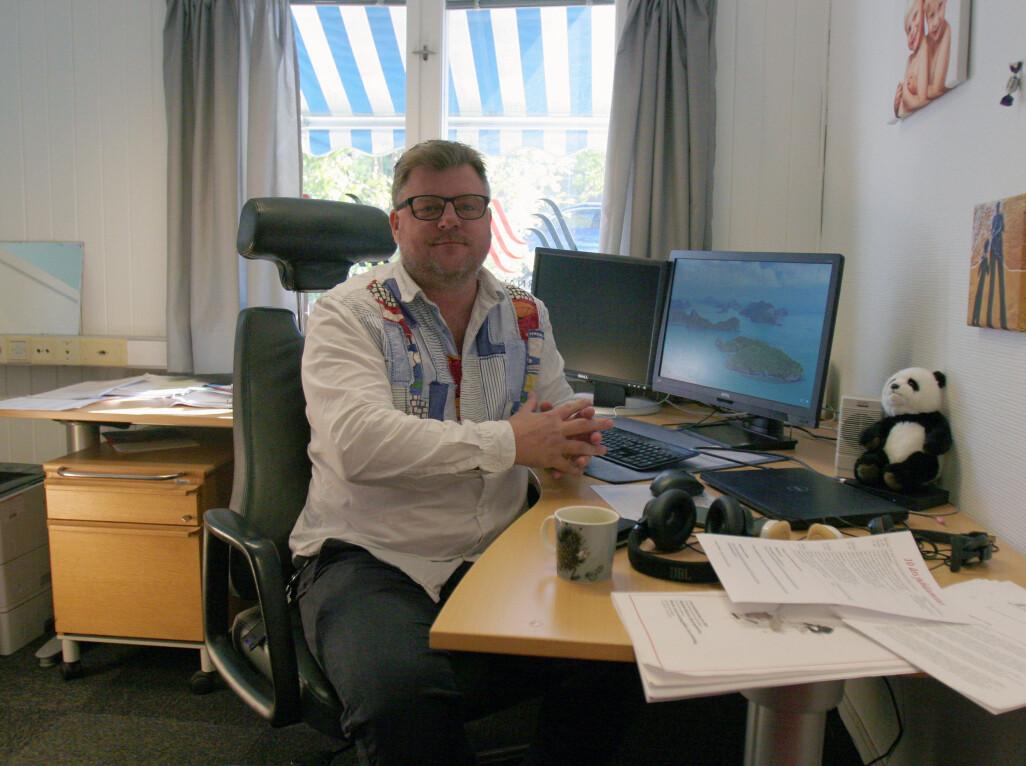 Richard Aune på kontoret som må ryddes i begynnelsen av november. Foto: Glenn Slydal Johansen