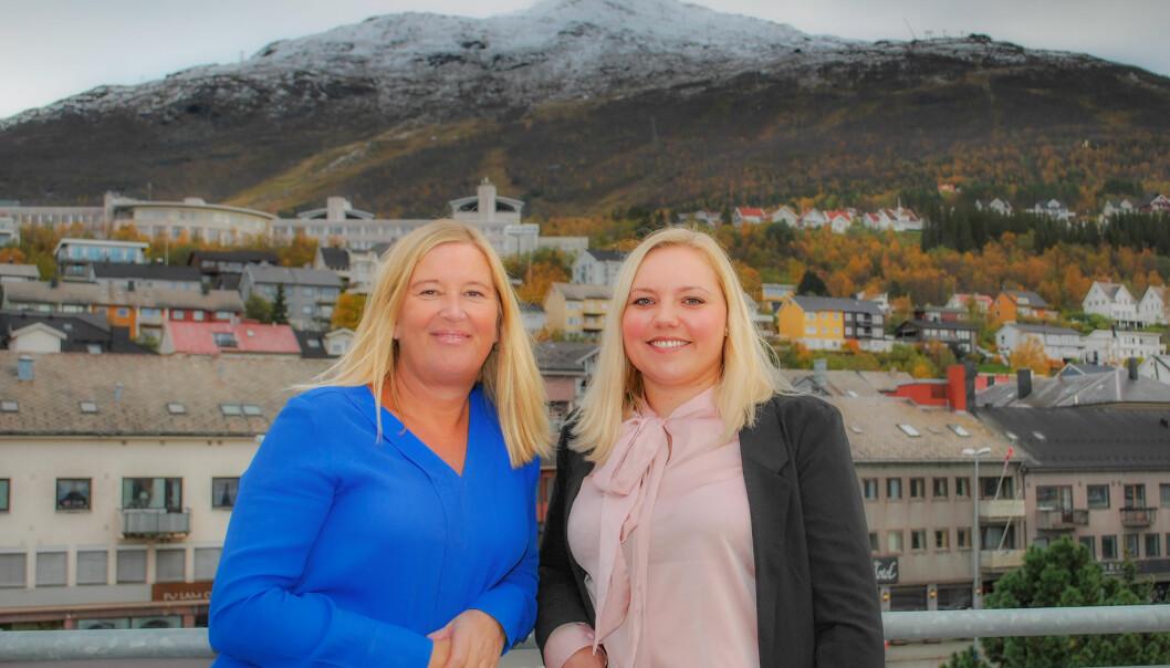 Markedssjef Tove Kirkefjord (t.v.) og redaktør Frinda Brembo skal drive den nye nettavisa i Narvik. Foto: Narvik Nu
