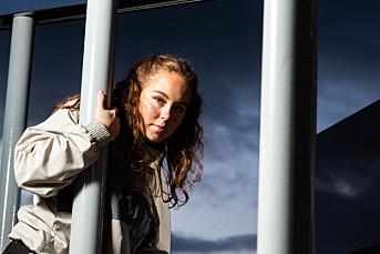 MORGENRUTINEN: Radio Revolts Paulina Dubkov bruker sin brennende hiphop-interesse mye i jobben