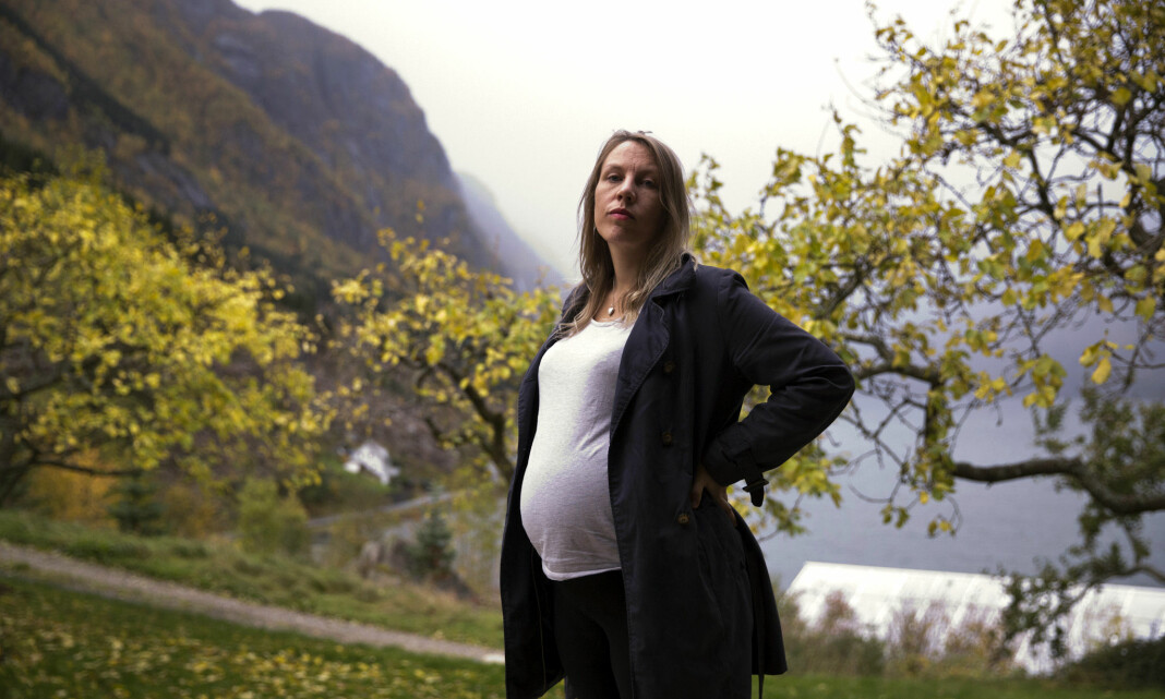 Ble frilanser, ble gravid – risikerer halvering av foreldrepengene