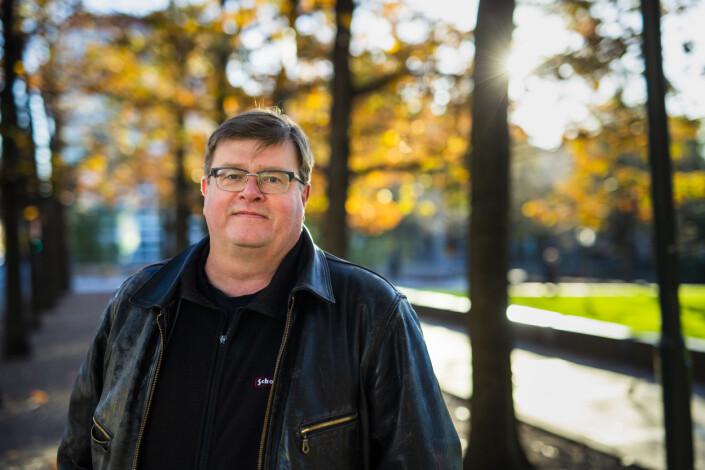 Nestleder i NRKJ Rolf Johansen mener NRK diskriminerer vikarer som allerede har jobbet i NRK. Foto: Kristine Lindebø