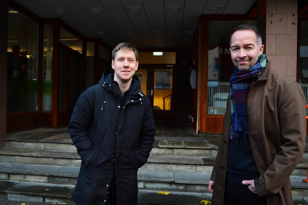 Redaktør Markus André Jensen (t.v) og styreleder Geir Are Jensen er glad i aviskonkurranse. I Bodø Nu konkurrerer de hver dag med Avisa Nordland. Foto: Guro Flaarønning