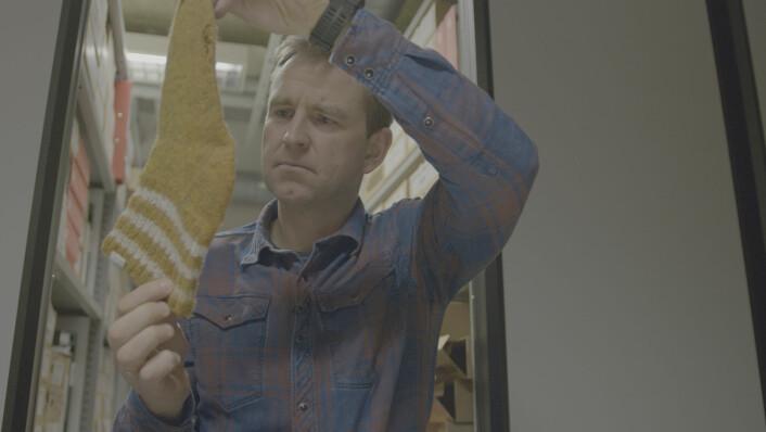 Øystein Milli med den etter hvert så berømte Orderud-sokken. Foto: Monster