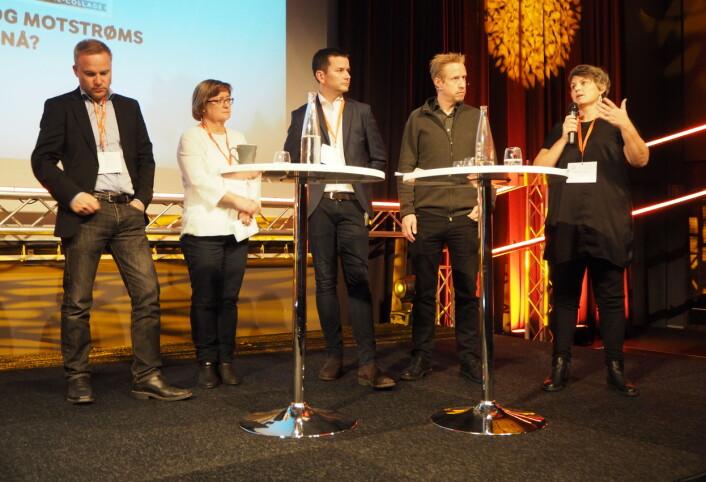I panelet: Fra venstre Helge Lurås, Hanna Relling Berg, Øyulf Hjertenes, Kristoffer Egeberg og Karoline Ihlebæk.
