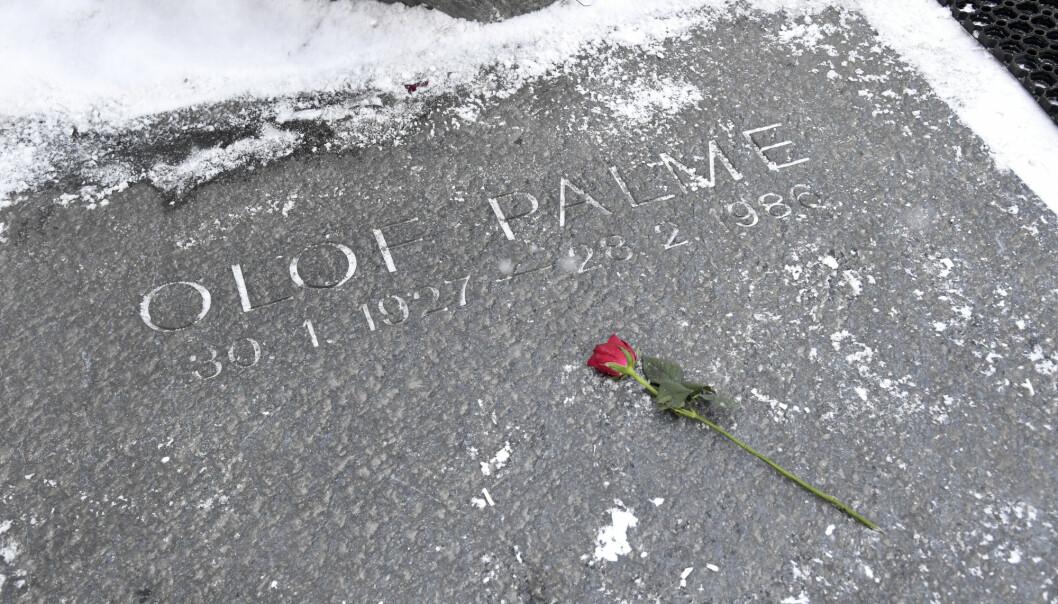 I en ny bok om drapet på Olof Palme, utpekes en kjent Palme-hater som en mulig gjerningsmann. Palme ble skutt og drept i Stockholm 28. februar 1986. Arkivfoto: Janerik Henriksson / TT / NTB scanpix