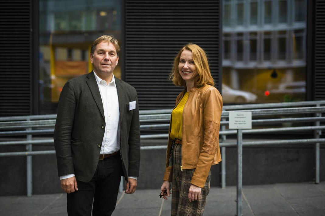 Trond Idås i NJ og professor Kristin Skare Orgeret ved Oslomet har forsket på seksuell trakassering i norske redaksjoner. Foto: Kristine Lindebø