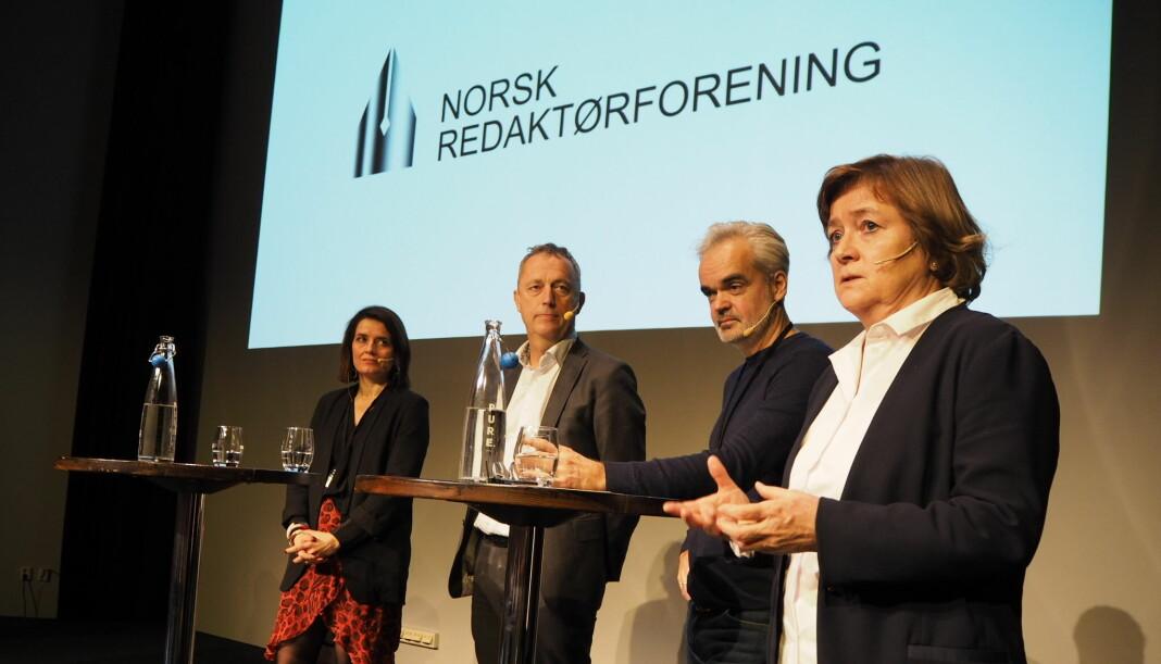 Diskuterte redaktørrollen. Fra venstre Kjersti Mo (Egmont Publishing), Are Stokstad (Amedia), Eivind Ljøstad (Fædrelandsvennen) og Hanna Relling Berg (Sunnmørsposten). Foto: Roger Aarli-Grøndalen