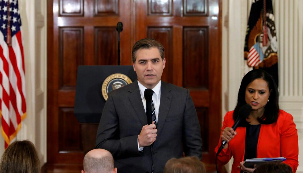 Det hvite hus umiddelbart må gi CNN-journalist Jim Acosta tilbake presseakkrediteringen sin. Foto: Reuters / NTB scanpix