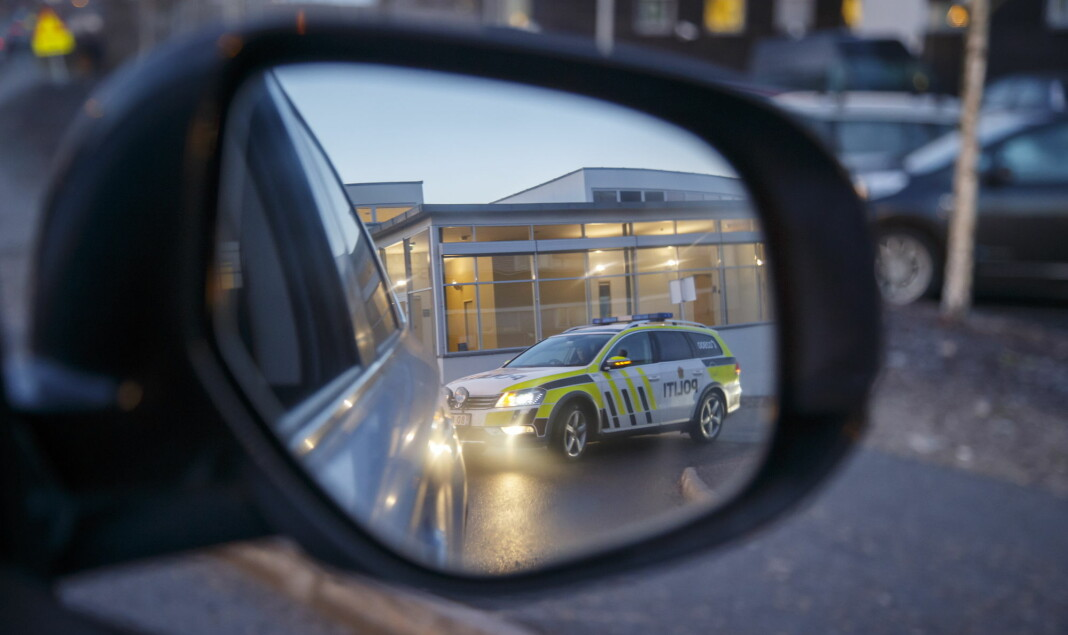 Flere i spørreundersøkelsen påpeker at det jevnlig er en rekke store hendelser som politiet aldri tvitrer om. Foto: Heiko Junge / NTB scanpix