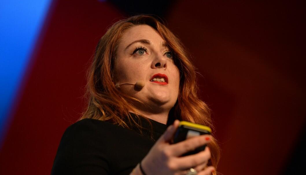 Glamour-redaktør Samantha Barry er ikke redd for endringer. Nå legger hun ned papirutgaven. Foto: Web Summit / CC BY 2.0 / Wikipedia Commons