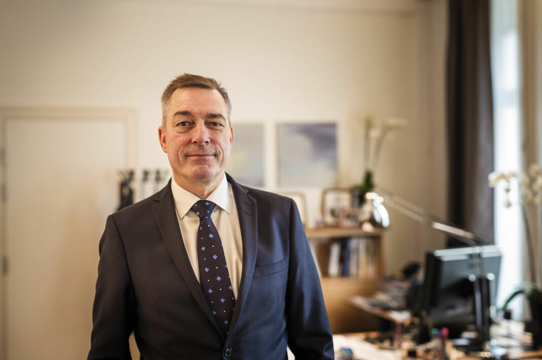 Forsvarsminister Frank Bakke-Jensen mener nytt lovforslag om E-tjenesten vil trygge Norge fra hackerangrep utenfra. Foto: Guro Flaarønning