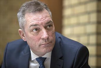 Forsvarsminister Frank Bakke-Jensen kritiserer medias dekningen av fregatt-havariet