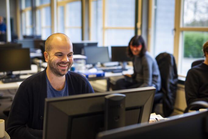Magnus Stokka mener den digitale arbeidsmåten har fått seg et løft. Foto: Kristine Lindebø