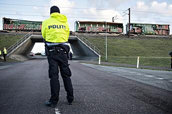 40 bøtelagt etter å ha fotografert togulykke