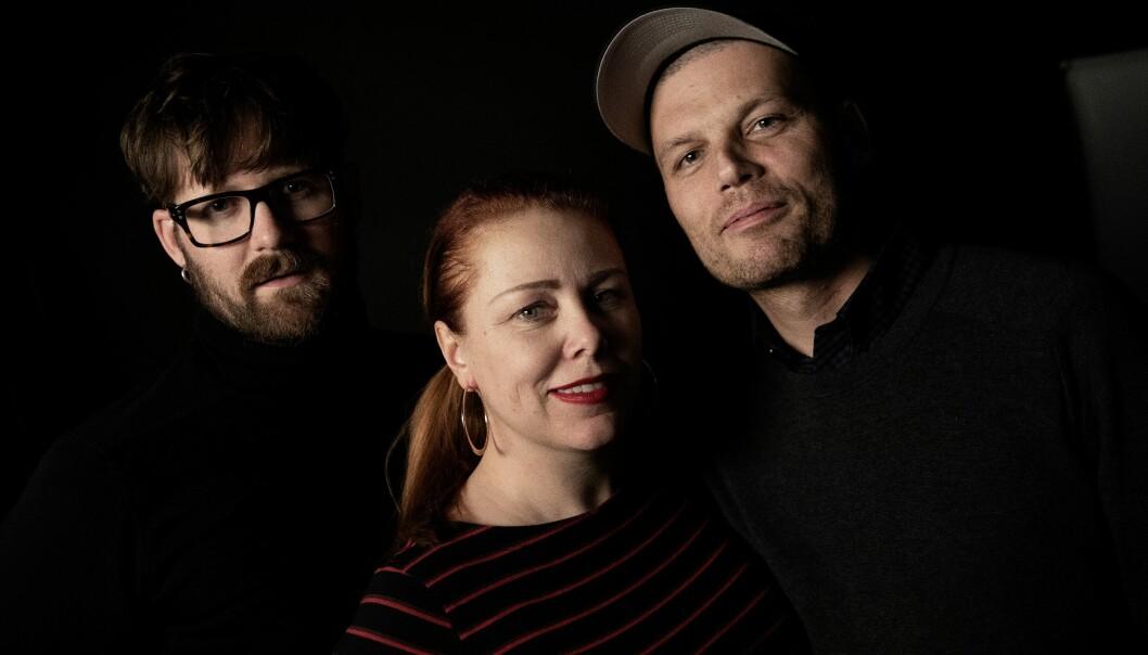 Interessen for «Serieprat» har vist seg å være stor. Fra venstre: Jonas Brenna, Cecilie Asker og Einar Aarvig. Foto: Paal Audestad / Aftenposten