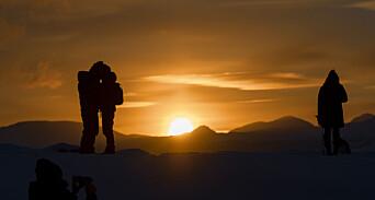 I snart ti år har Tromsø betalt for å få journalister til kommunen