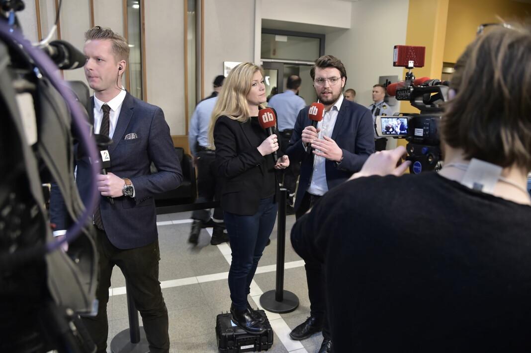 Dagbladets tv-team, Martine Aurdal og Trym Mogen, under Eirik Jensen-saken i Oslo tinghus. Foto: Hans Arne Vedlog/Dagbladet