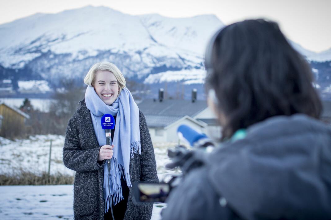 Nær 600 har fått tilbud om studieplass ved en av landets journalistikkutdanninger. Her studenter ved Høgskulen i Volda.
