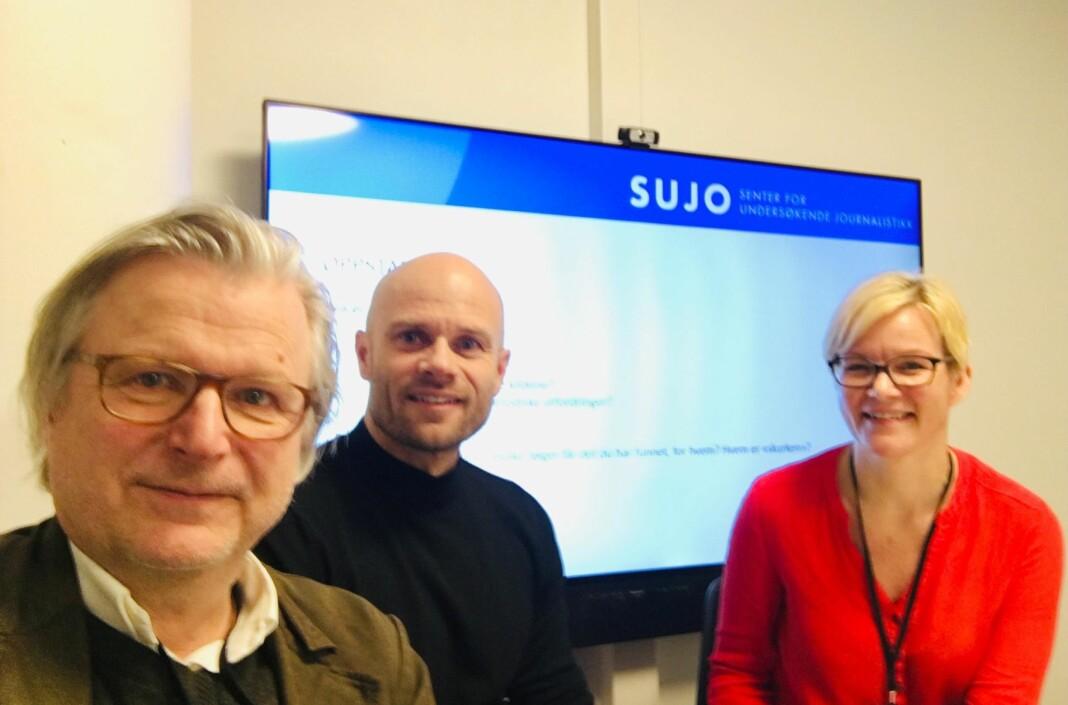 Fra venstre: Leder for Senter for undersøkende journalistikk Per Christian Magnus, Thomas Frigård og Kristine Holmelid, reportasjeleder ved SUJO. Foto: Privat